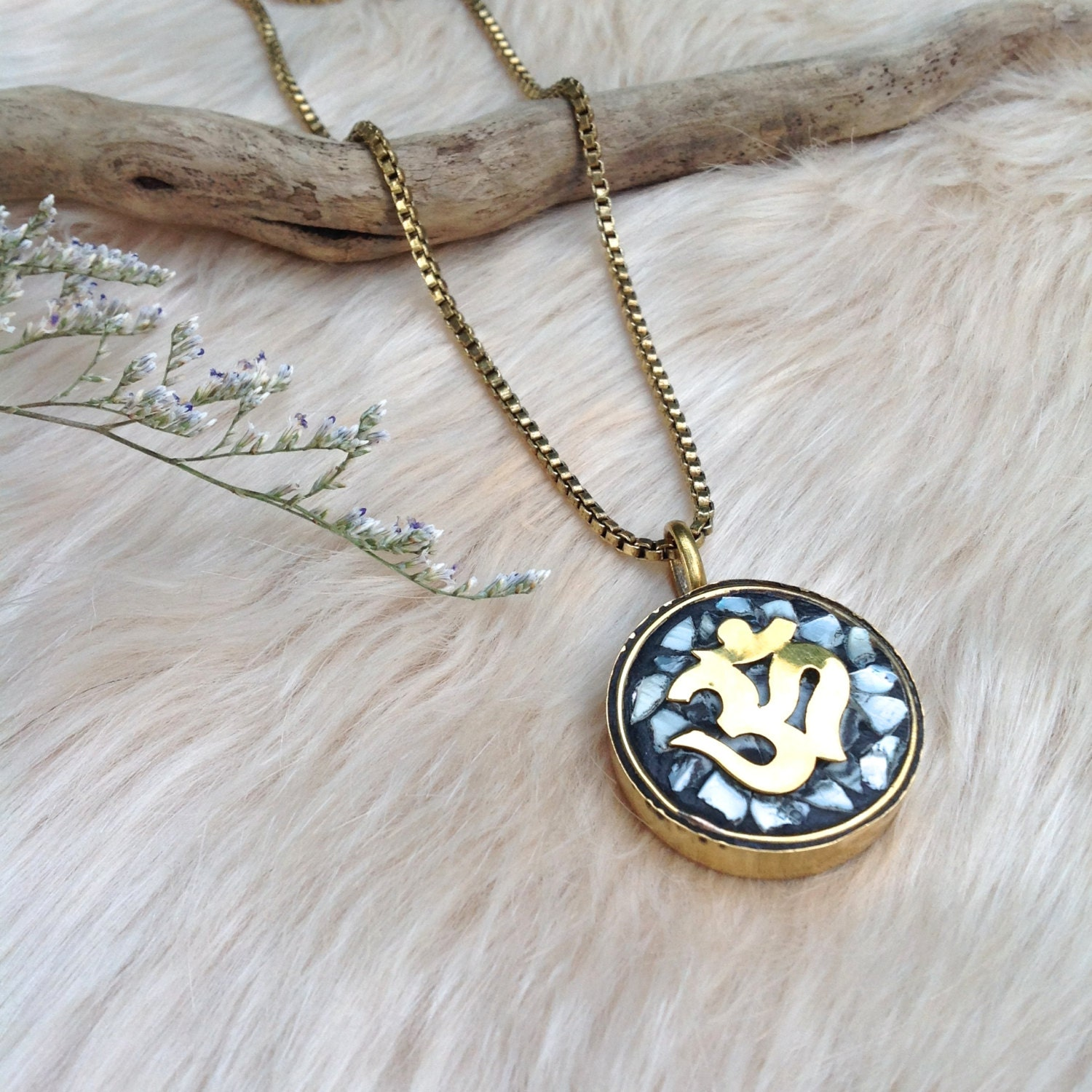 maila om necklace om pendant jewelry gifts