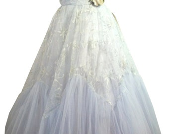 vintage 1950s Strapless Sky Blue Tulle and Lace Party Dress S