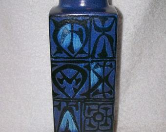 Mid Century Nils Thorsson Royal Copenhagen Aluminia Fajance Blue BACA Vase 704/3259