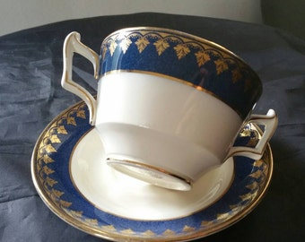 Crescent Ivory Soup Bowl With Handles And Underplate Cobalt With Gold