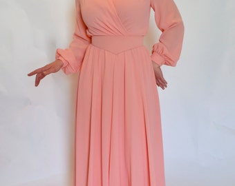 ON SALE!!! 1960s Salmon Long Sleeved Maxi Dress! Small/Medium