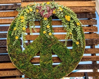 Moss Covered Peace Sign Wreath, Boho Peace Sign Decor, Moss Art, Moss Wedding Decor, Bohemian Signs, Wall Decor, Hippie Peace Sign, Rustic