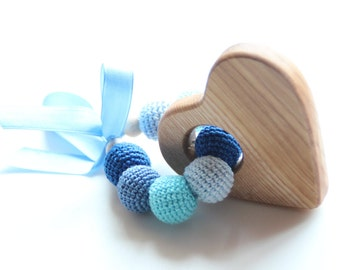 Baby blue wooden teething toy / Wooden rattle / Wooden teether with crochet beads