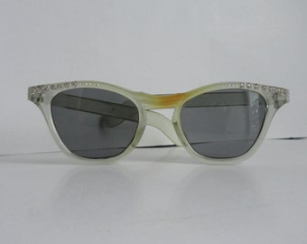 50s Vintage Cat Eye Sunglasses // Transparent With Rhinestones