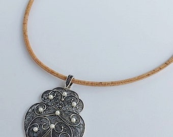 portuguese natural cork jewelry - big heart necklace - filigree portuguese heart - silver filigree - eco-friendly materials - christmas gift