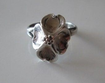 925 Sterling Silver Vintage Dogwood flower band Ring, size 6.5