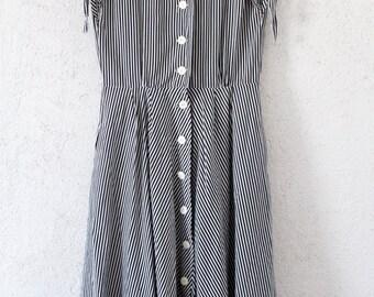 Vintage Kleid Gr. 38 Streifen schwarz weiß 70er maritim 80er dress Matrose Sailor Maxikleid