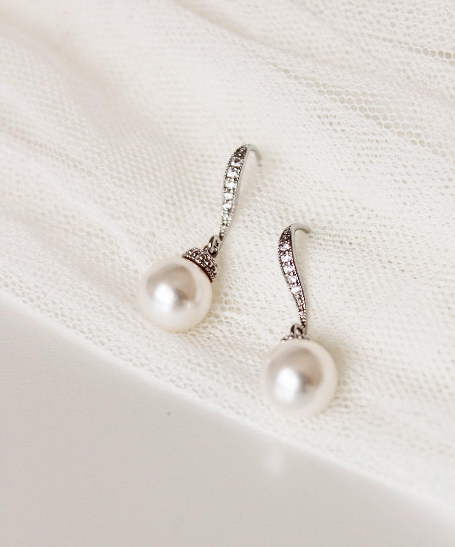 Simple Pearl Earrings Wedding Jewelry Bridesmaid Earrings Bridesmaid Gift Swarovski White Ivory Cream Pearl Earrings Bridesmaid Jewelry