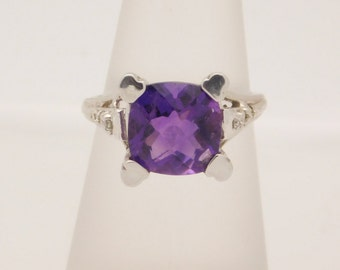 5.65 C.T.G.W. Ladies Amethyst & Diamond Ring 14K
