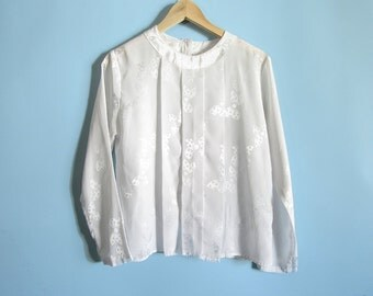 80s Little Bow Peep Blouse / Pleated Front Long Sleeve Silky Blouse