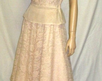 1950's Pale Peach Lace Ensemble