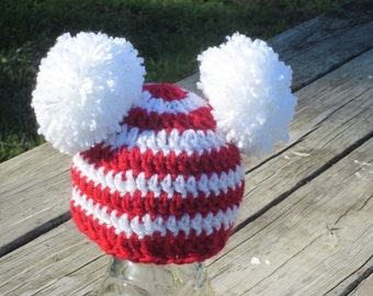 Red and White striped beanie with pom poms.  Sizes newborn to 10 years. Christmas Hat photo prop  FREE SHIPPING