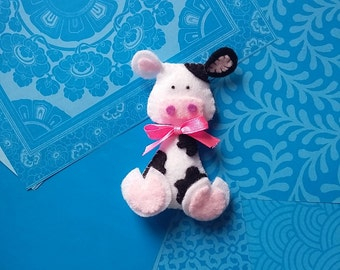 Cow-PDF pattern, instant download, felt sewing patters, handsewing, DIY, sewing crafts, no. 07