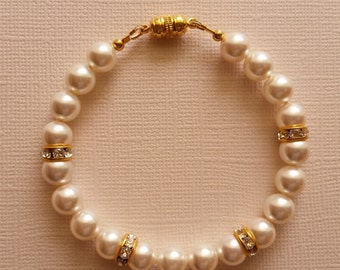 Swarovski Crystal White Pearl Bracelet