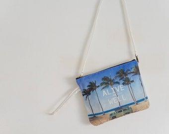 """Pochette bag Model: """"Alive&Well"""""""
