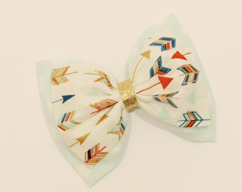 Cute, modern hair bow