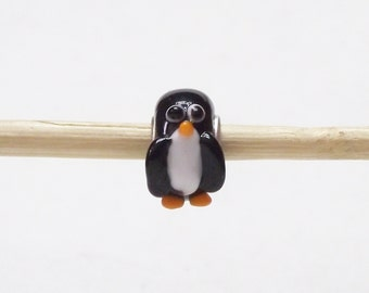 The Most Precious Penquin Lampwork Glass Bead for European Charm Bracelets 925 Sterling Silver F075