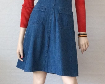 Blue denim / jeans / bib rock / vintage / 1970s / high waist