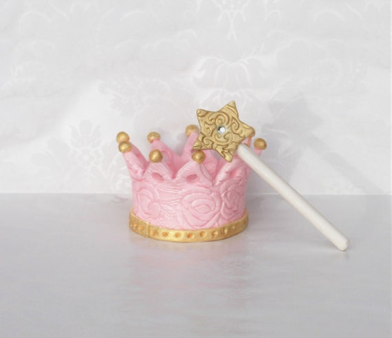 Crown And Wand Cake Topper