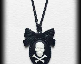 White Skull Cameo Necklace, Gothic Punk Cameo, Skull and Crossbones, Skull Pendant, Gothic Gift For Her, Alternative Jewelry, Handmade