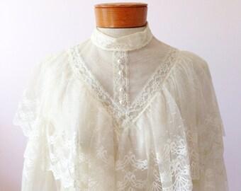 1970s Vintage Wedding Dress Ivory Lace Wedding Dress Long Sleeve Vintage Dress Bohemian Wedding Dress Victorian Style Dress FREE SHIPPING