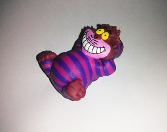 Relax Cheshire Cat figure  alice in wonderland violet pink stripes smile moon statuette home decor