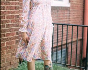 70's Floral Babydoll Dress with Ruffles & Zipper Size Small/Medium