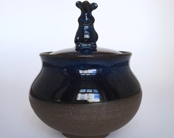 curious mouse on round  keepsake / condiment / candy jar & vase (medium - dark blue)