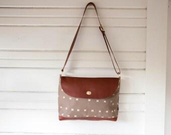 FREE Shipping! Messenger Bag-La Luz Print