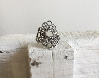 Statement ring-Sterling silver ring-Silver filigree ring-Lace ring-Bohemian jewelry-Romantic Jewelry-Large silver ring-Trend 2017