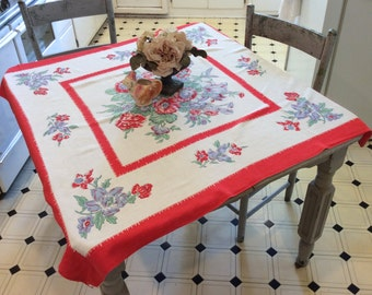 Vintage Tablecloth Colorful Cabbage Roses