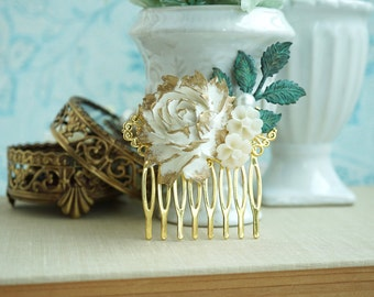 Gold Rose Comb, Gold Wedding Hair Comb, Gold Ivory White Rose Comb, Rose Leaf Wedding Comb, Bridal, Vintage Gold Wedding, Bridesmaids Gift