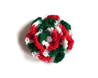 Christmas Crochet Rose Pin Clip, Holiday Crochet Flower Pin, Red White Green Crochet Flower Pin, Holiday Party Accessory