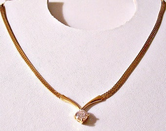 Crystal Solitaire Pendant Necklace Choker Gold Tone Vintage Herringbone Flat Link Chain Round Prong Set Stone Chevron Bar Lobster Claw Clasp