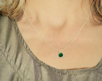 Green Onyx Necklace, Sterling Silver Necklace, Dainty Green Pendant, Jade Green Necklace, Wife Gift Green Stone Pendant, Girlfriend Necklace