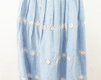 1950s Gingham and Embroidered Floral Cotton Skirt