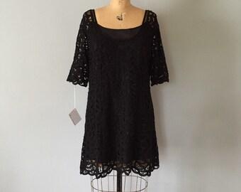 needlepoint lace dress   90s lace mini dress