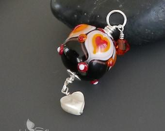 Lampwork bead pendant  |  Sterling Silver |  made by silke  |  artisan glass  |  SRA  |  OOAK  |  In Love