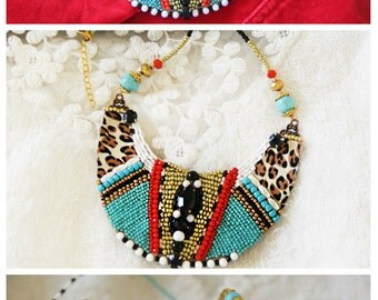 Africa Tribal jewelry Tribal necklace Ethnic jewelry Ethnic necklace African necklace Statement necklace Slow fashion Red and turquoise BIB