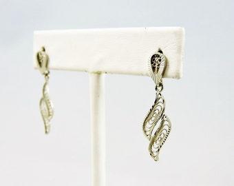 14k White Gold Filigree Dangle Earrings