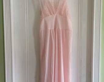 1960s / 60s Vintage Florelee Pink Lace Nylon Nighty Nightgown Size Large