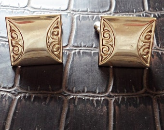 Vintage Rare Amazing Gold Plated  Cufflinks /CL