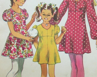 Vintage Simplicity 9848 Sewing Pattern, Girls' Dress, 1970s Dress Pattern, Puff Sleeves, Mini Dress, 1970s Sewing Pattern, Chest 30