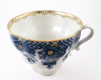 Teacup Candle - Custom Scent and Color - The Amaya