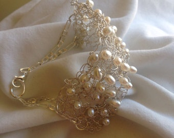Crochet with pearls chain