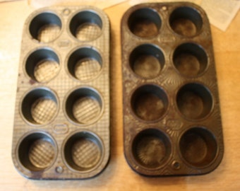 Vintage patterned Ekco muffin or cupcake tins, makes 8 each