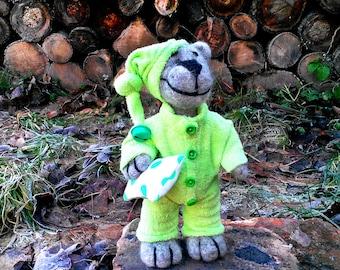 Bear of wool, Teddy