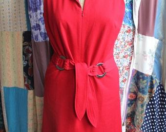 Red zip front dress REF 412
