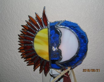 Sun/Moon stained glass nightlight