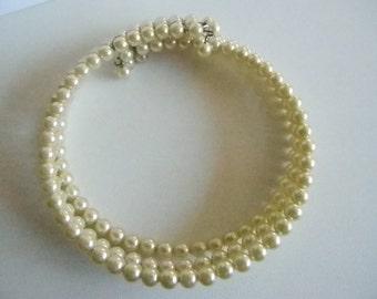 Triple Strand Cream Colored Pearls Collar Necklace